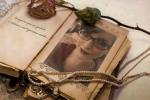 Author Lowe pic
